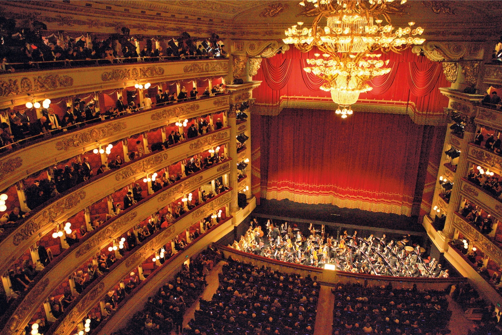 5 Facts About La Scala Theater