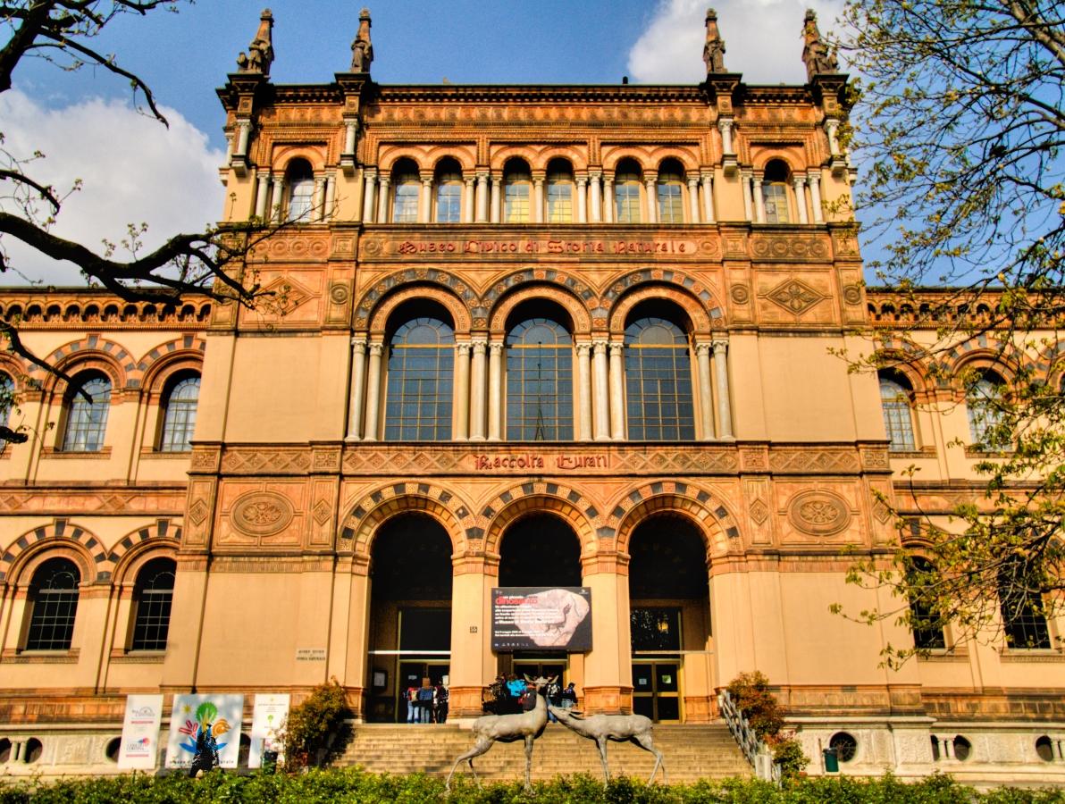 museo civico di storia naturale porta Venezia milan italy museum segway tour walking bike rental
