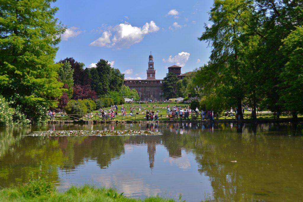 parco sempione milano Italy sforza castle segway tour bike rental
