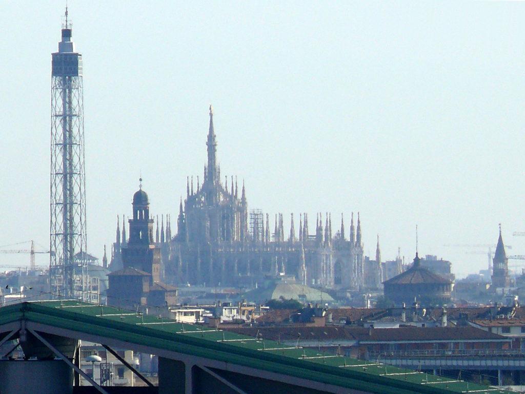 torre branca duomo milano italy skyline panorama